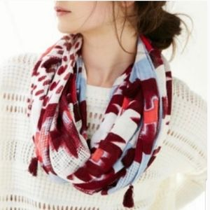 *NWT!* Urban Outfitters Ecote infinity scarf